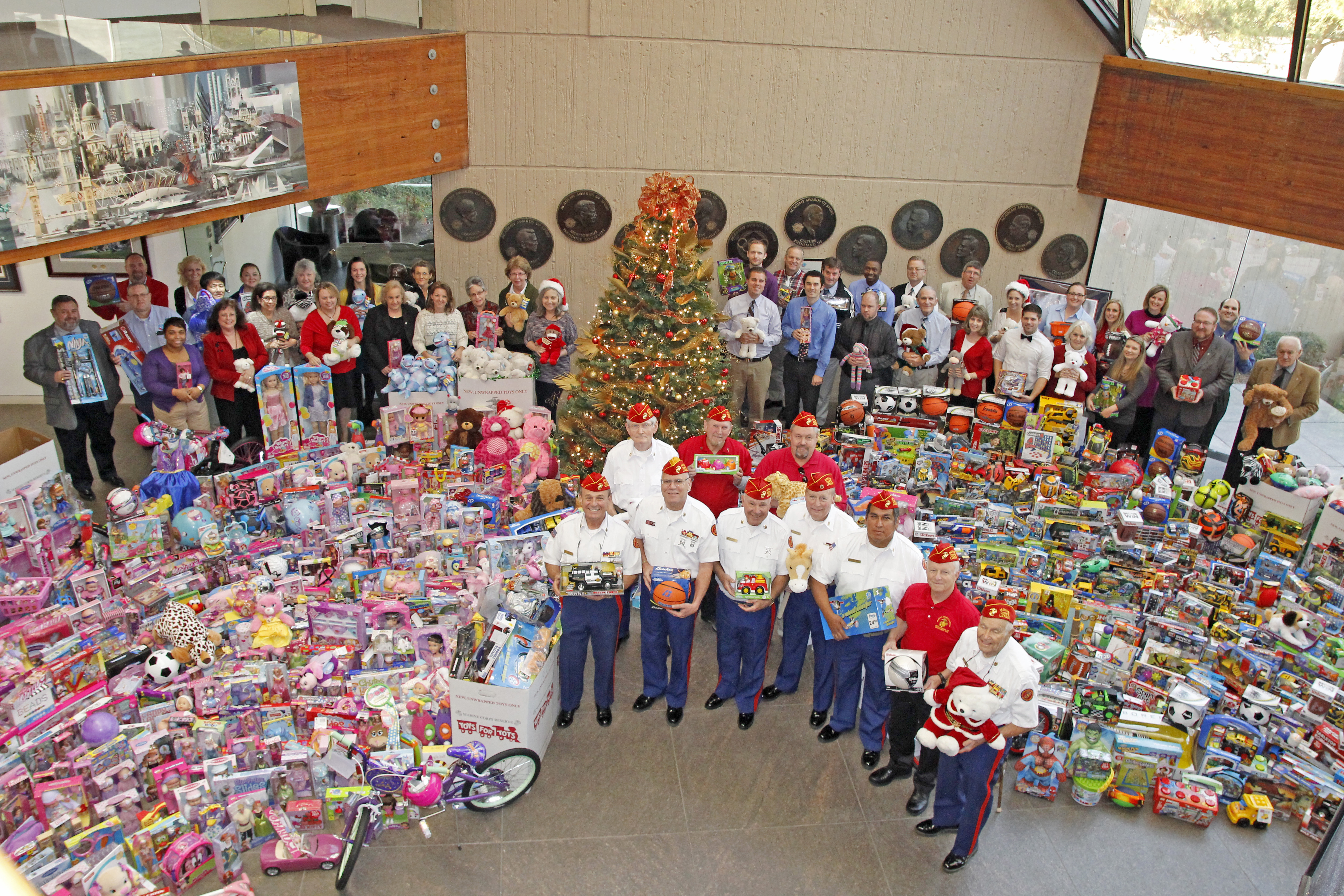 Toys For Tots 2014 Application : United states sports academy sponsors best toys for tots