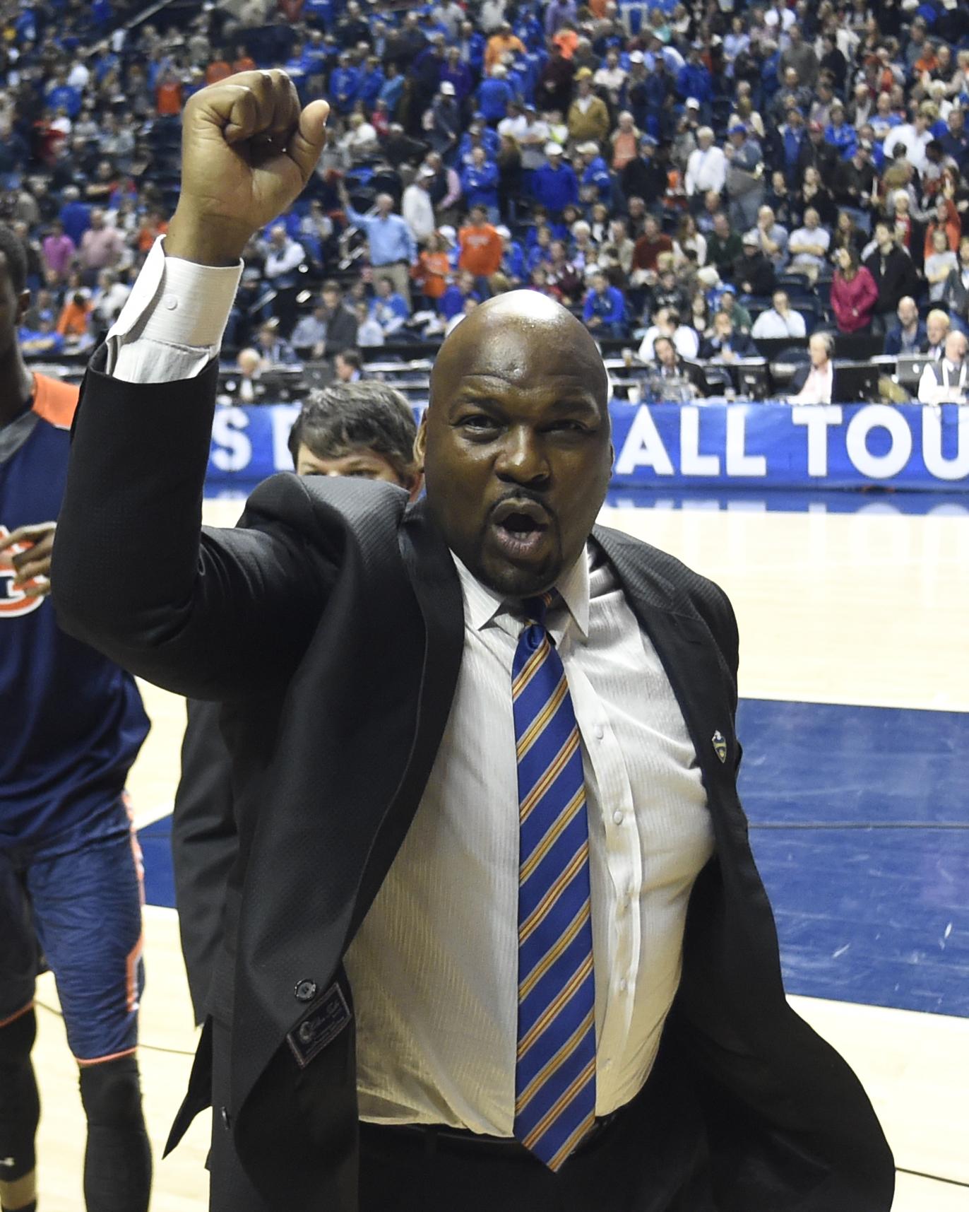 Chuck Person Coach