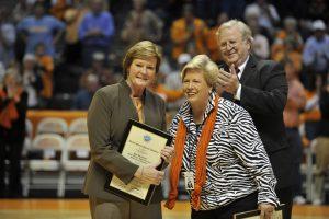 Pat Summitt Receives Award