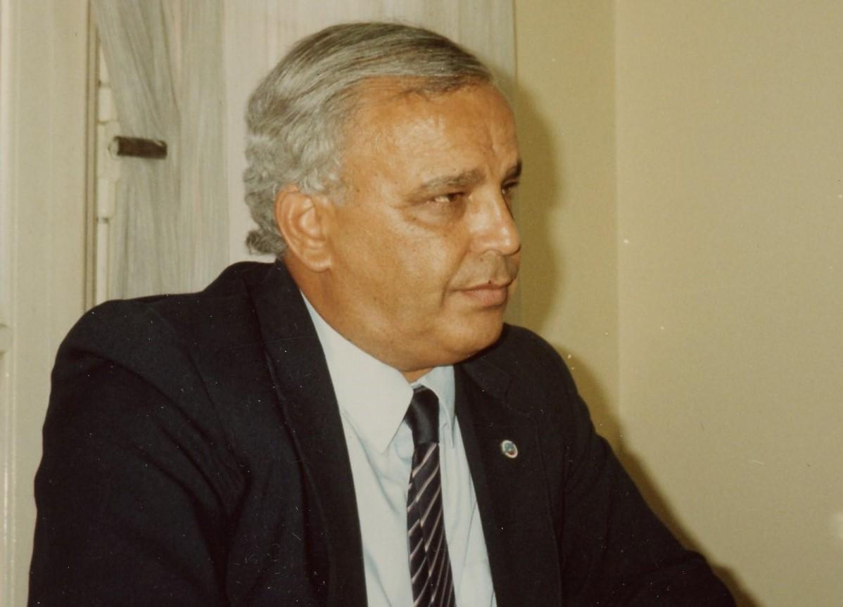 Dr. Nabil Elattar